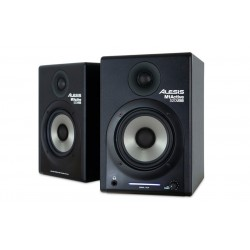 ALESIS M1 ACTIVE 520 USB MONITORES CON INTERFACE DE AUDIO USB. PAREJA