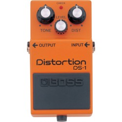 BOSS DS1 PEDAL DISTORSION