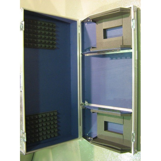 REDBOX FLIGHT CASE PLATOS/CD 260x350MM + MESA FORMATO RACK 5 UNIDADES.
