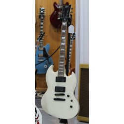 ESP LTD VIPER 301 WH GUITARRA ELECTRICA BLANCA. DEMO.