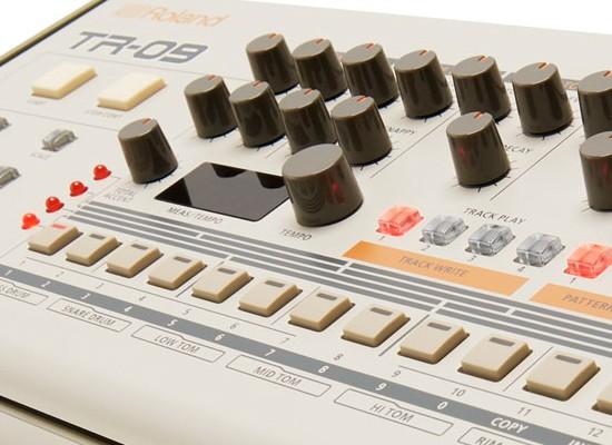 Novedad: Caja de ritmos Roland TR-09